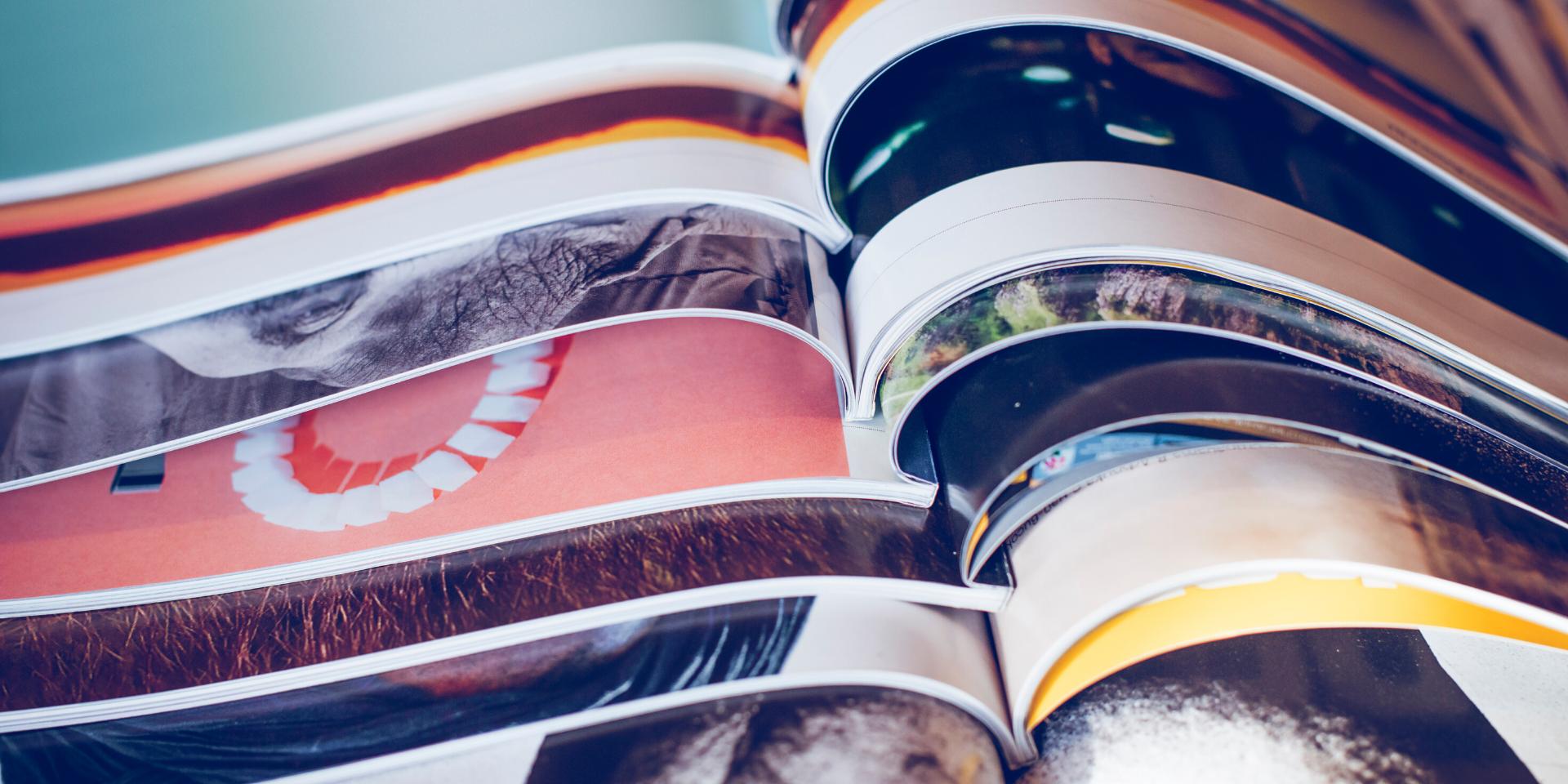 Pile de livre illustrant le blog